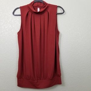 NWOT Zennie Outfits Maroon Sleeveless Blouse